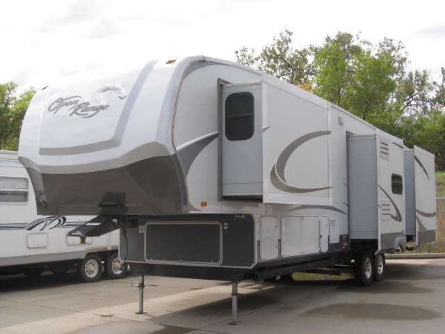 2009 Open Range 385RLS Mandan, North Dakota 1