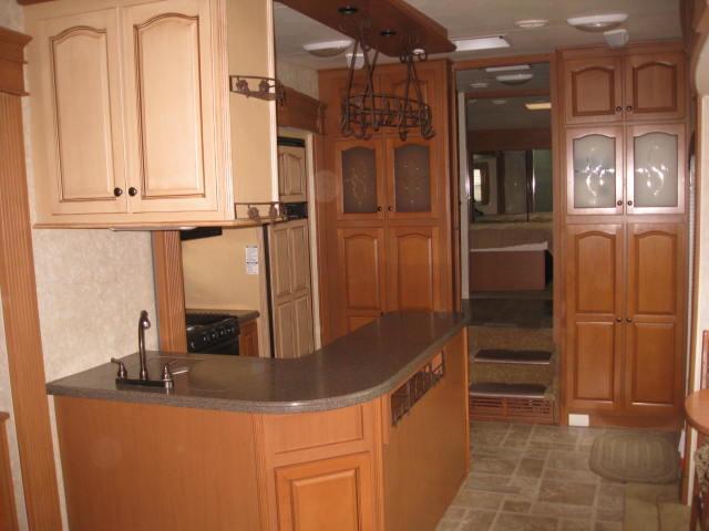 2009 Open Range 385RLS Mandan, North Dakota 10