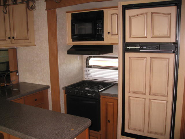 2009 Open Range 385RLS Mandan, North Dakota 11