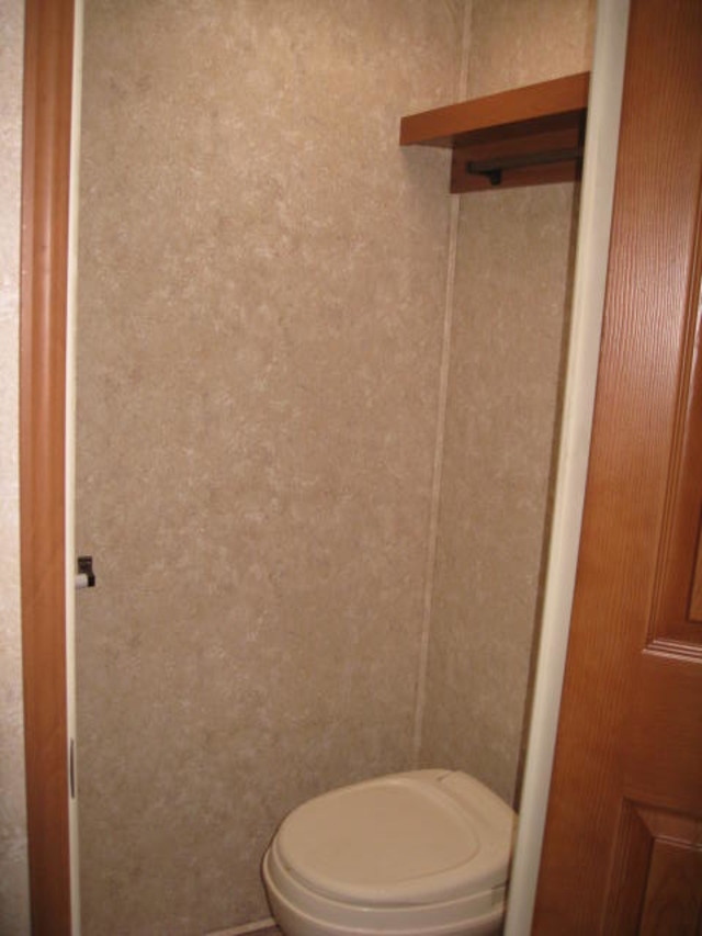 2009 Open Range 385RLS Mandan, North Dakota 16