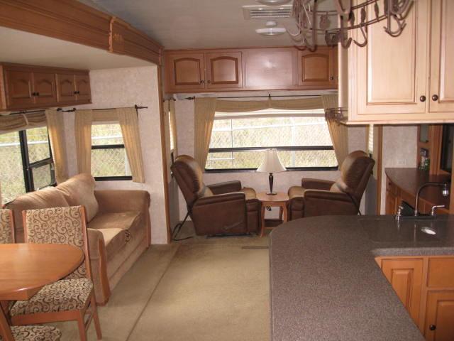 2009 Open Range 385RLS Mandan, North Dakota 6