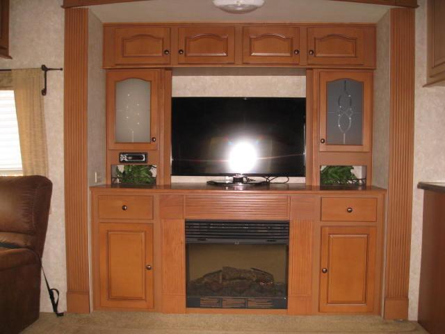 2009 Open Range 385RLS Mandan, North Dakota 9
