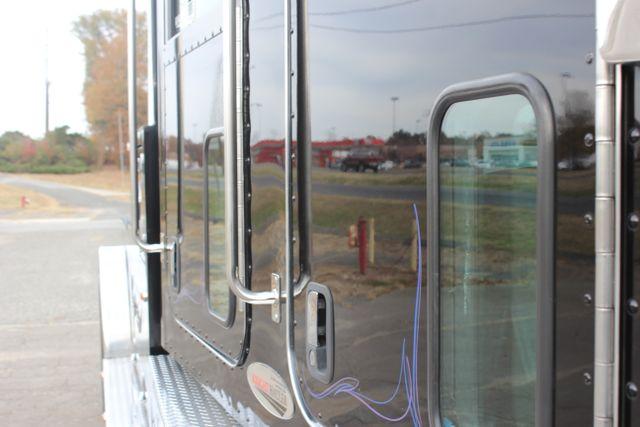 2009 Peterbilt Knight Hauler Crew Cab Mooresville , NC 28