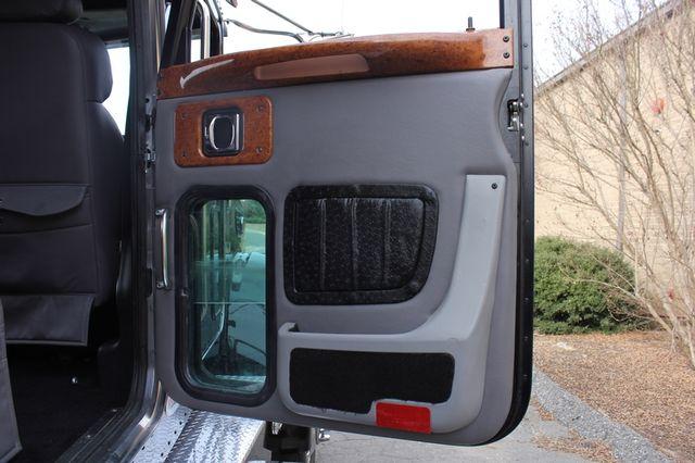 2009 Peterbilt Knight Hauler Crew Cab Mooresville , NC 91