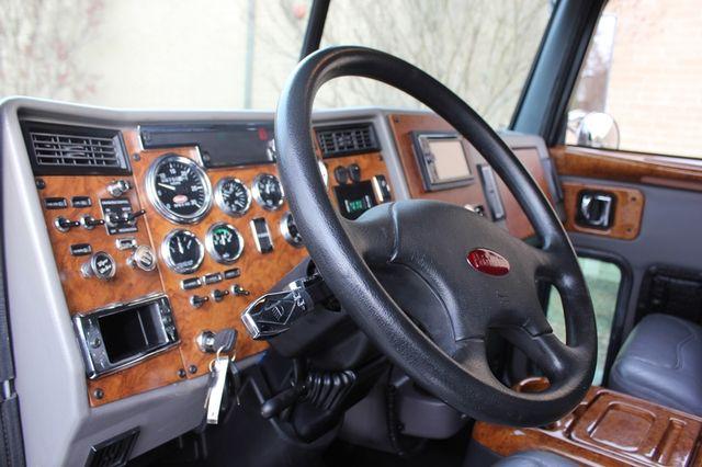 2009 Peterbilt Knight Hauler Crew Cab Mooresville , NC 61