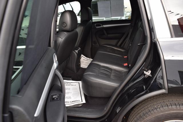 2009 Porsche Cayenne AWD 4dr Tiptronic Richmond Hill, New York 33