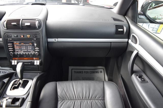 2009 Porsche Cayenne AWD 4dr Tiptronic Richmond Hill, New York 28