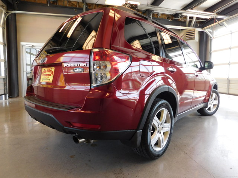 2009 Subaru Forester X LL Bean Ed  city TN  Doug Justus Auto Center Inc  in Airport Motor Mile ( Metro Knoxville ), TN