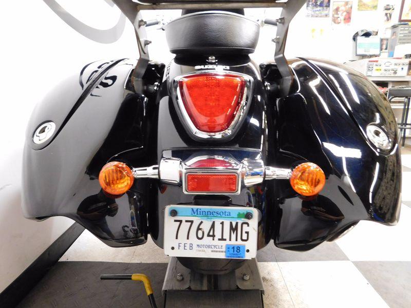 2009 Suzuki Boulevard C109R  in Eden Prairie, Minnesota