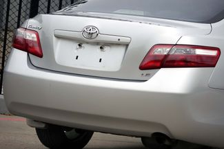 2009 Toyota Camry LE * 1-OWNER * Leather * HTD SEATS * Super Nice * Plano, Texas 25