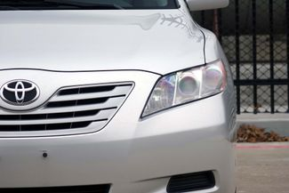 2009 Toyota Camry LE * 1-OWNER * Leather * HTD SEATS * Super Nice * Plano, Texas 32