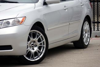 2009 Toyota Camry LE * 1-OWNER * Leather * HTD SEATS * Super Nice * Plano, Texas 22