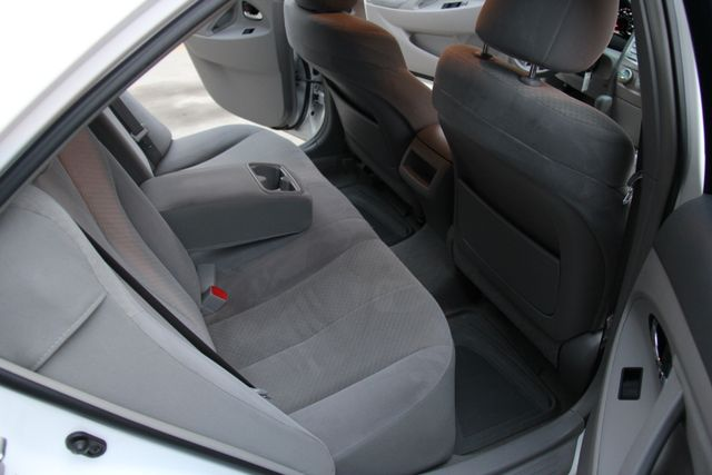2009 Toyota Camry LE Reseda, CA 12