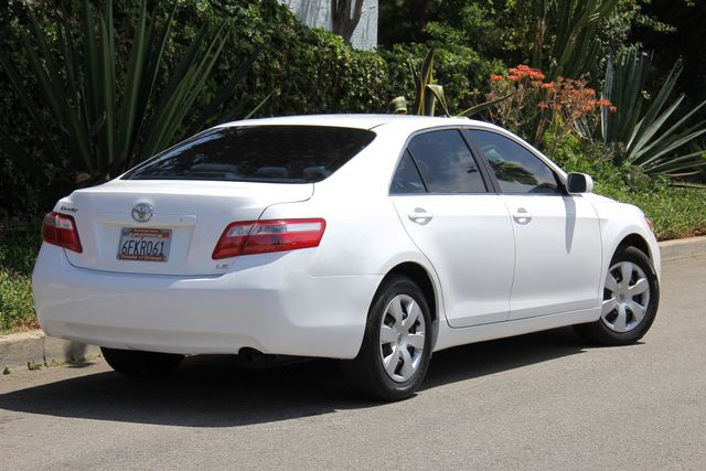 2009 Toyota Camry LE Reseda, CA 3