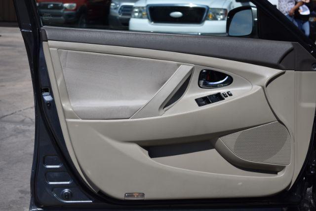 2009 Toyota Camry LE 5-Spd AT San Antonio , Texas 12