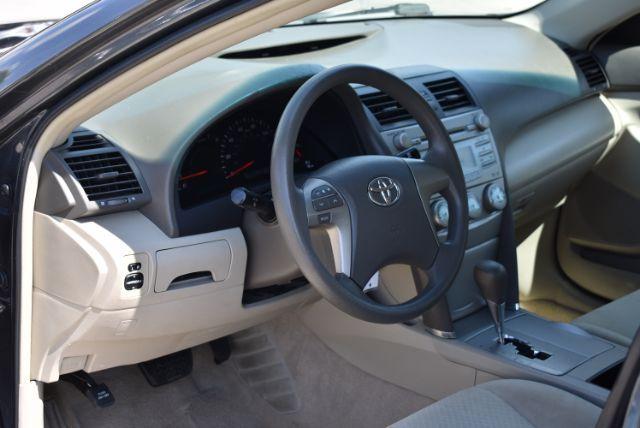 2009 Toyota Camry LE 5-Spd AT San Antonio , Texas 9