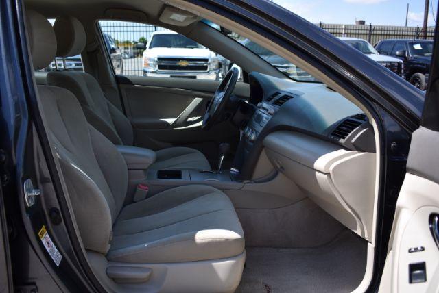 2009 Toyota Camry LE 5-Spd AT San Antonio , Texas 23