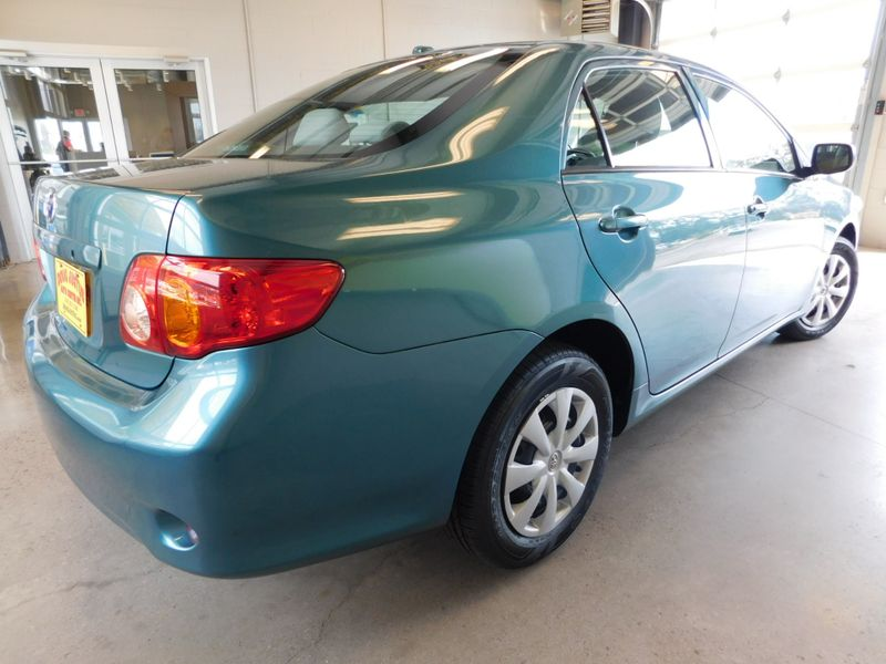 2009 Toyota Corolla   city TN  Doug Justus Auto Center Inc  in Airport Motor Mile ( Metro Knoxville ), TN