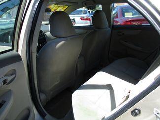 2009 Toyota Corolla LE Milwaukee, Wisconsin 9