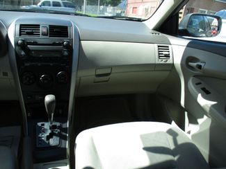2009 Toyota Corolla LE Milwaukee, Wisconsin 13