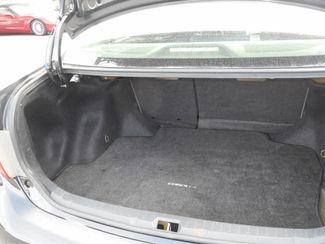 2009 Toyota Corolla LE New Windsor, New York 18
