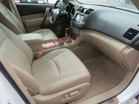 2009 Toyota Highlander Limited | Abilene, Texas | Freedom Motors  in Abilene, Texas