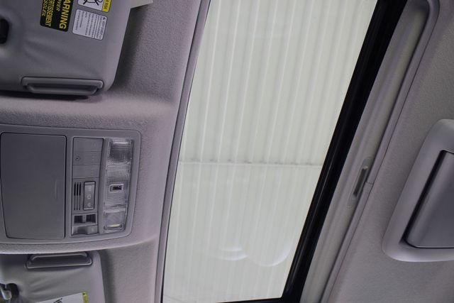 2009 Toyota Highlander Limited 4WD - NAVIGATION - REAR DVD - SUNROOF! Mooresville , NC 6