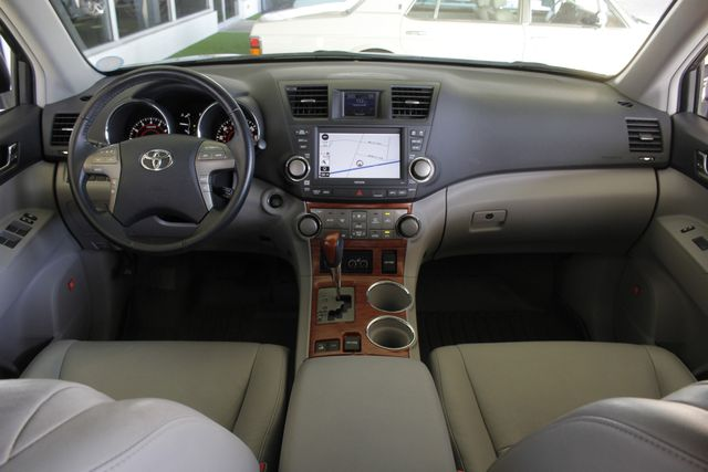 2009 Toyota Highlander Limited 4WD - NAVIGATION - REAR DVD - SUNROOF! Mooresville , NC 29