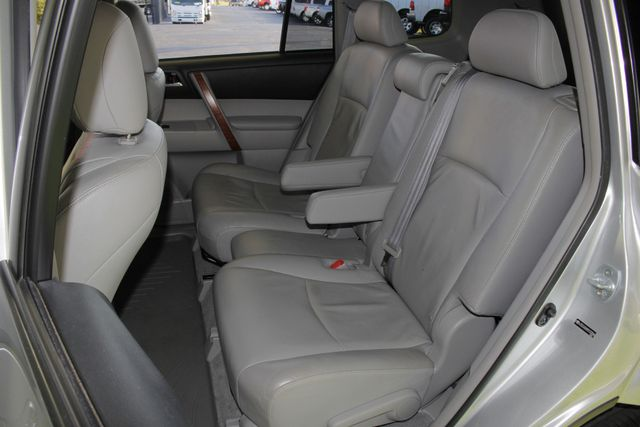 2009 Toyota Highlander Limited 4WD - NAVIGATION - REAR DVD - SUNROOF! Mooresville , NC 12