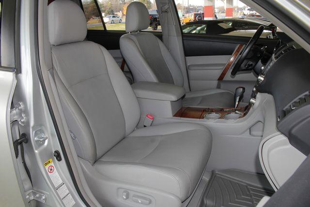 2009 Toyota Highlander Limited 4WD - NAVIGATION - REAR DVD - SUNROOF! Mooresville , NC 15