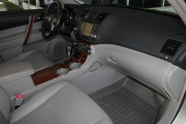 2009 Toyota Highlander Limited 4WD - NAVIGATION - REAR DVD - SUNROOF! Mooresville , NC 31