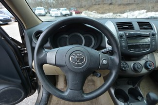 2009 Toyota RAV4 Naugatuck, Connecticut 13