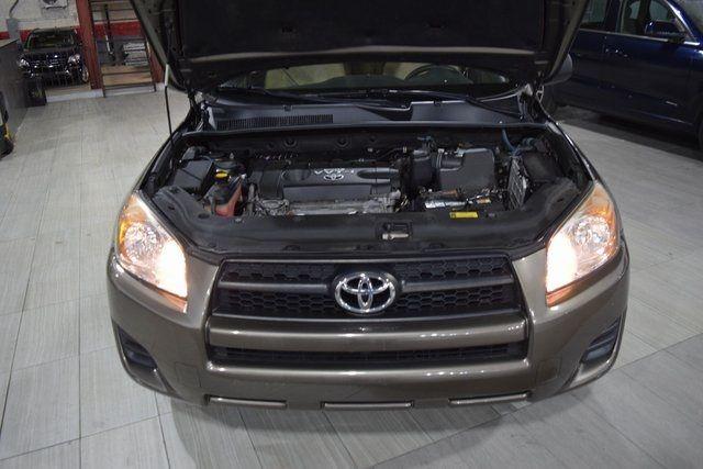 2009 Toyota RAV4 Base Richmond Hill, New York 3