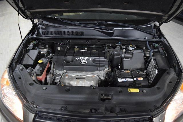 2009 Toyota RAV4 Base Richmond Hill, New York 4