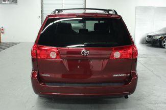 2009 Toyota Sienna LE Kensington, Maryland 3
