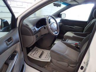 2009 Toyota Sienna LE 7-Passenger Lincoln, Nebraska 5