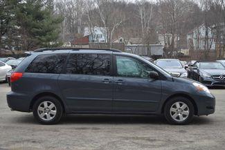 2009 Toyota Sienna LE Naugatuck, Connecticut 5