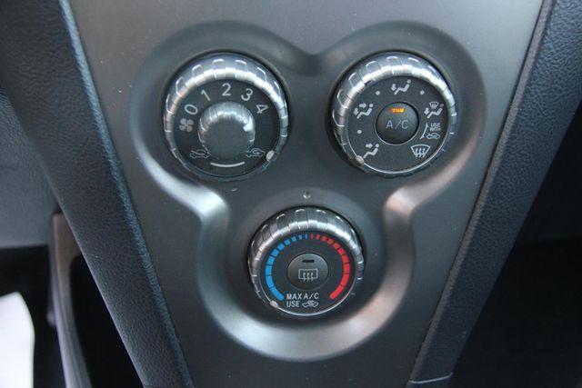 2009 Toyota Yaris S Santa Clarita, CA 22