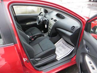 2009 Toyota Yaris Watertown, Massachusetts 10