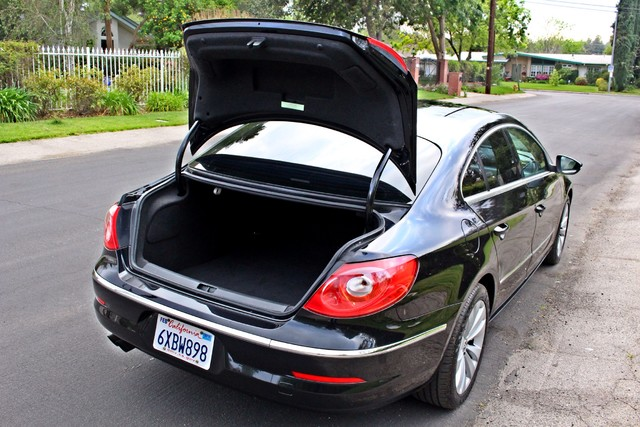 2009 Volkswagen CC SPORT AUTOMATIC 95K MILES HEATED STS ALLOY WHLS Woodland Hills, CA 39
