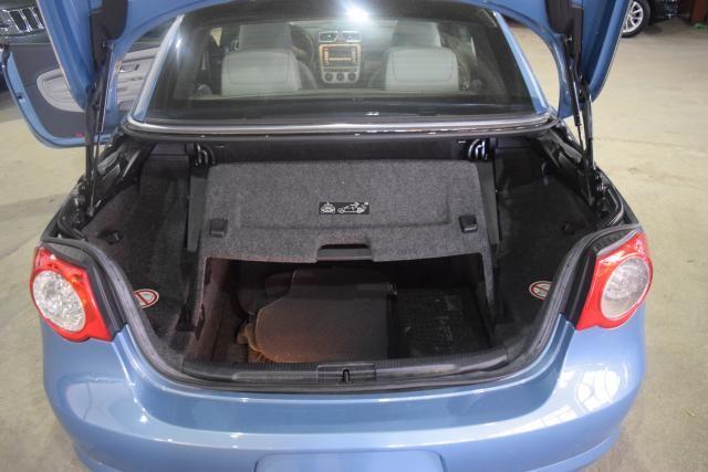2009 Volkswagen Eos Komfort Richmond Hill, New York 14