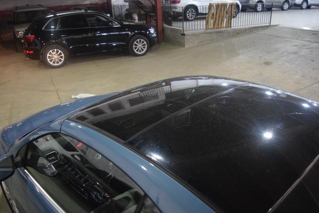 2009 Volkswagen Eos Komfort Richmond Hill, New York 4