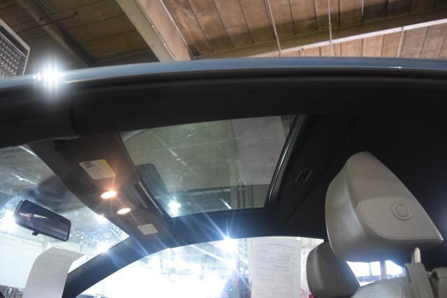 2009 Volkswagen Eos Komfort Richmond Hill, New York 5