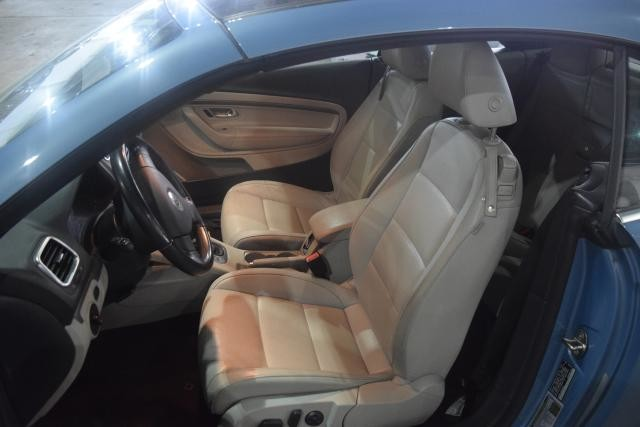 2009 Volkswagen Eos Komfort Richmond Hill, New York 7