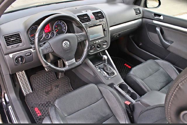 2009 Volkswagen GTI HATCHBACK DSG AUTOMATIC SUNROOF LEATHER SERVICE RECORDS XENON Woodland Hills, CA 15