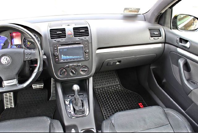 2009 Volkswagen GTI HATCHBACK DSG AUTOMATIC SUNROOF LEATHER SERVICE RECORDS XENON Woodland Hills, CA 22
