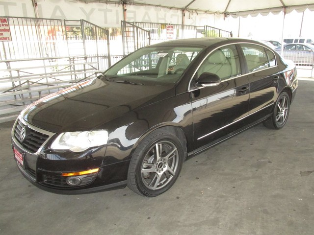 2009 Volkswagen Passat Komfort Please call or e-mail to check availability All of our vehicles