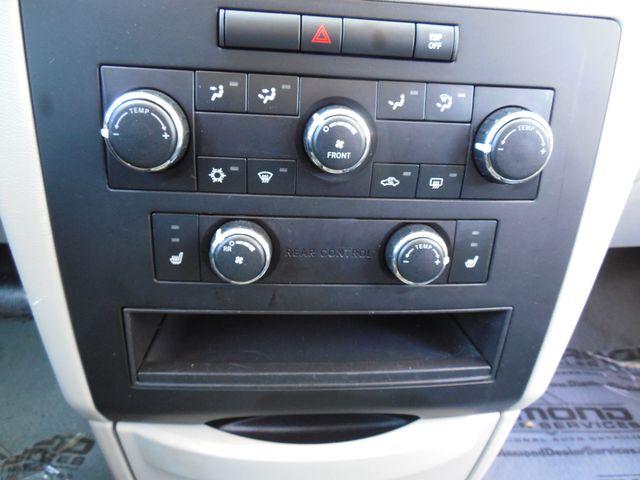 2009 Volkswagen Routan SEL W/RSE Leesburg, Virginia 31