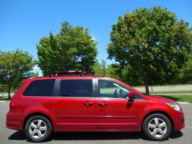 2009 Volkswagen Routan SEL W/RSE Leesburg, Virginia 5