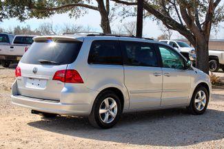 2009 Volkswagen Routan SEL Sealy, Texas 11